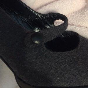 Stuart Weitzman Shoes - STUART WEITZMAN WOOL HEELS